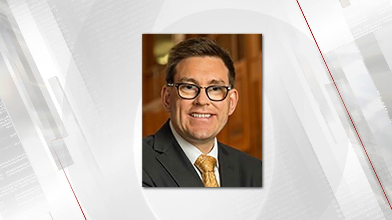 OU College of Law Associate Dean Resigns Position