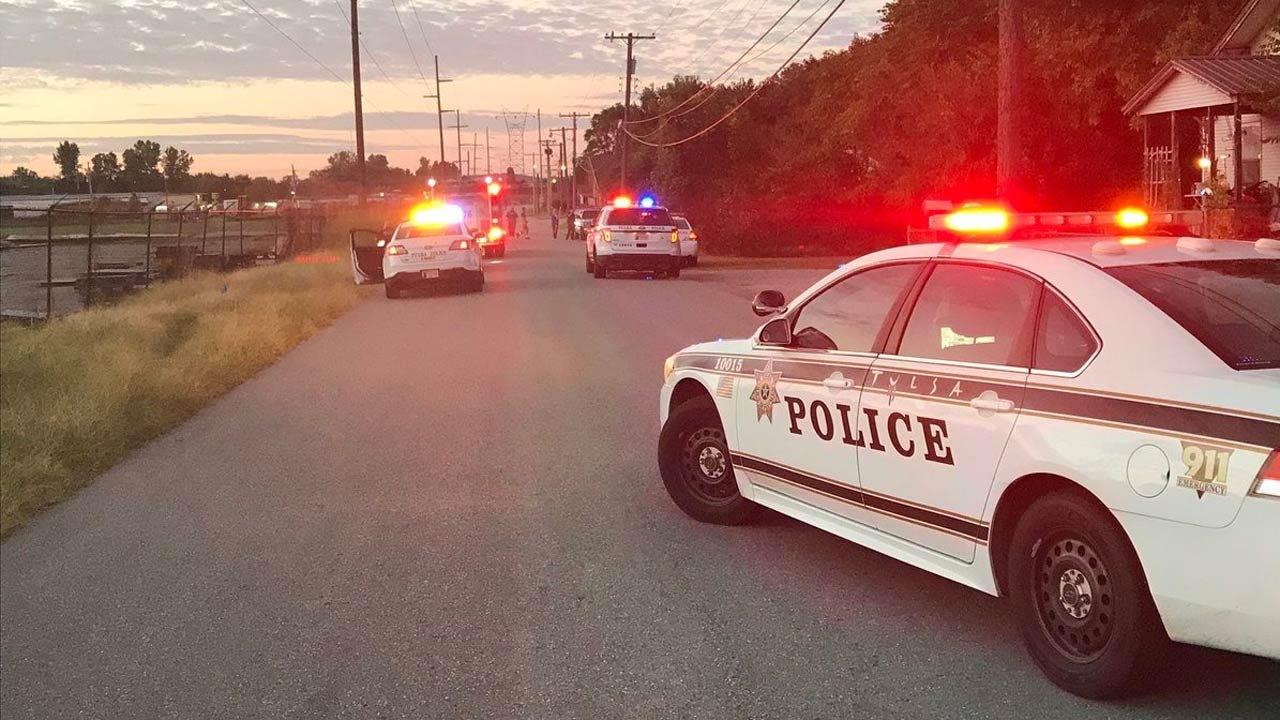 Teens Find Man's Body In Tulsa Driveway