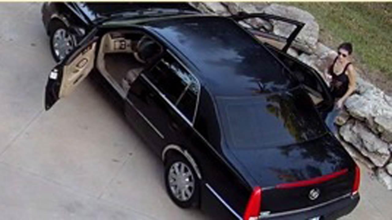 Tulsa Police Seek To ID Two Tulsa Burglary Suspects