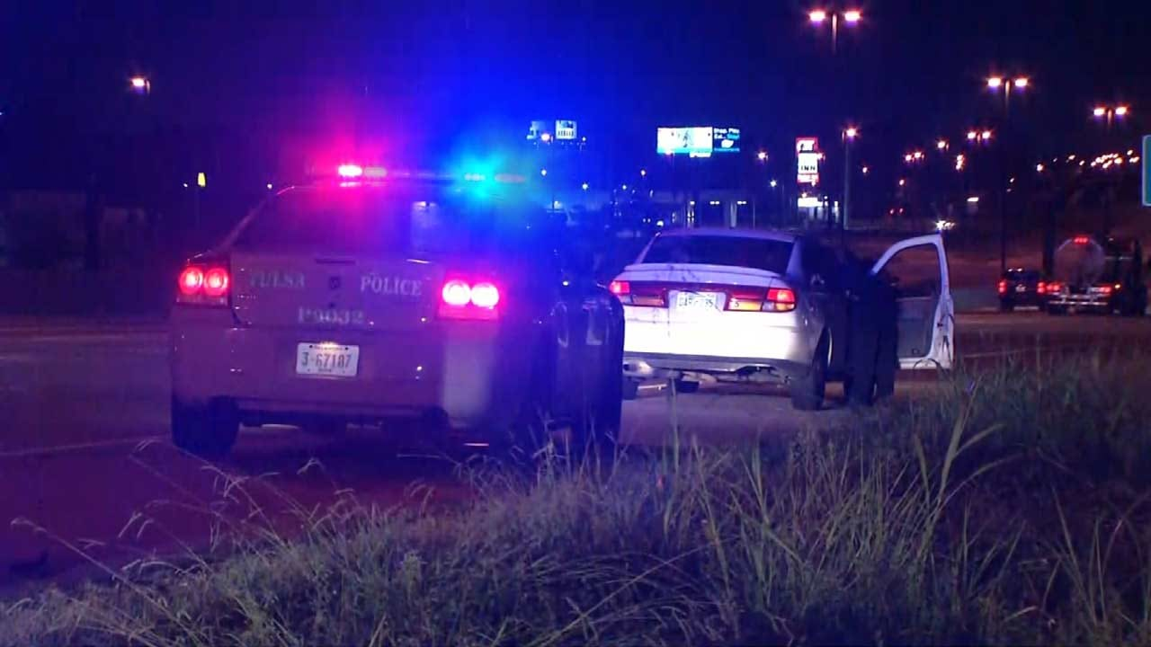 TPD Searching For Driver That Ran Across Interstate After Traffic Stop