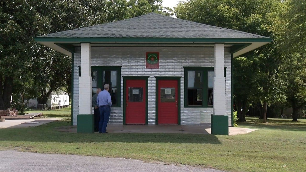 Foyil Man Gives Route 66 Gas Station New Life
