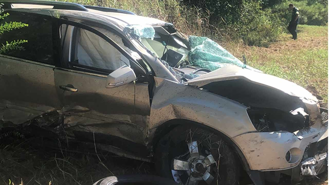 Troopers: Man Dead After Wreck Near Fort Gibson