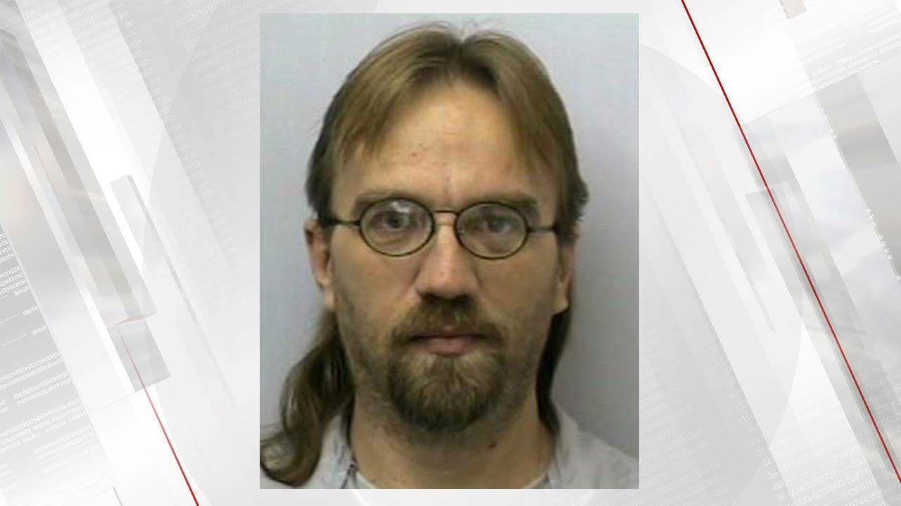 Rogers County Man In Jail For Attempting To Take Deputy's Weapon