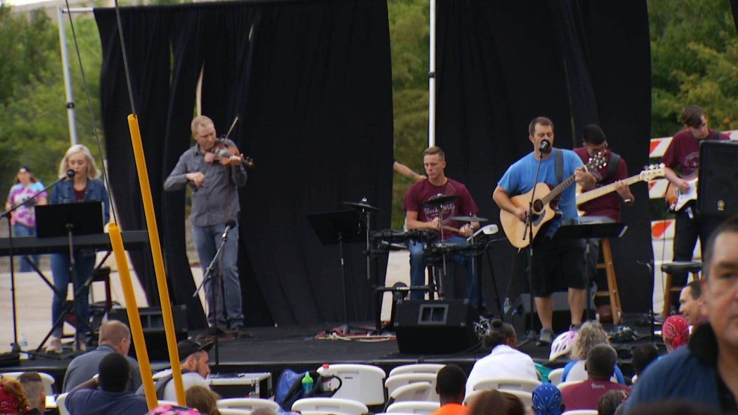 John 3:16 Mission Hosts Block Party For The Homeless In Tulsa