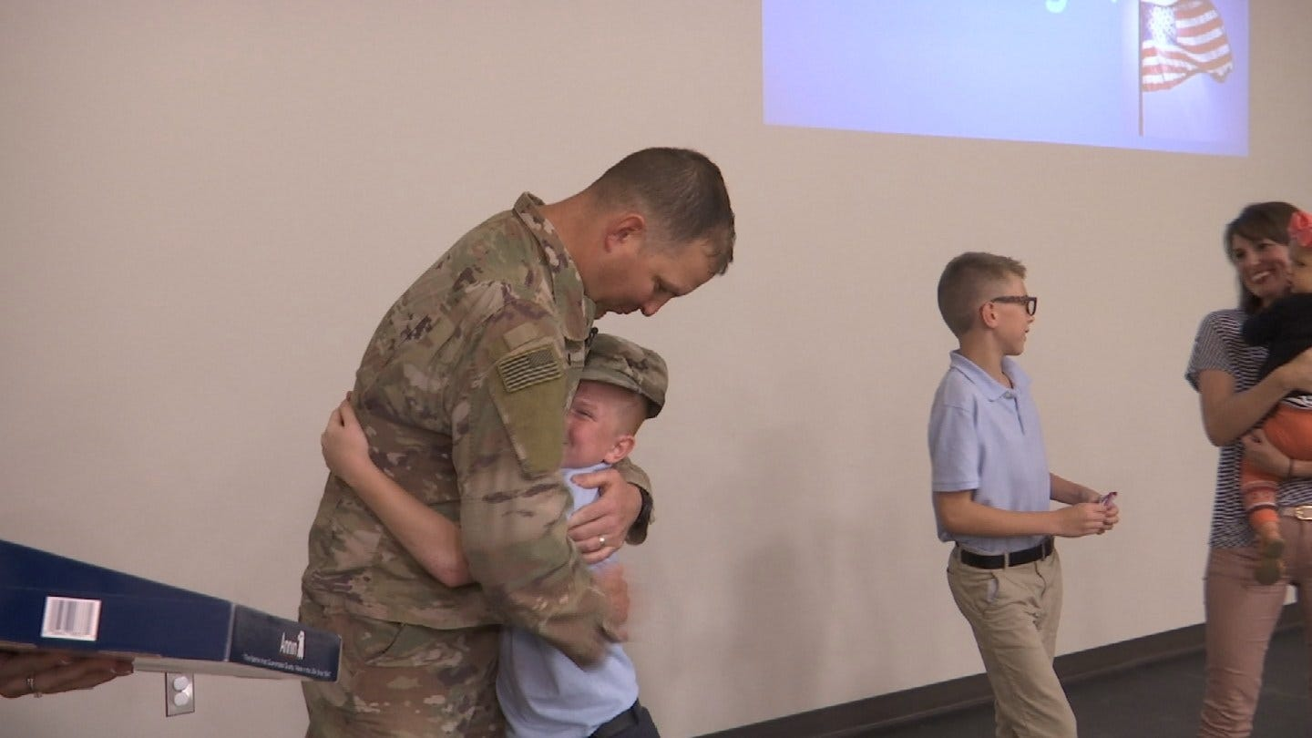 Soldier Returns Home To Surprise Bartlesville Family