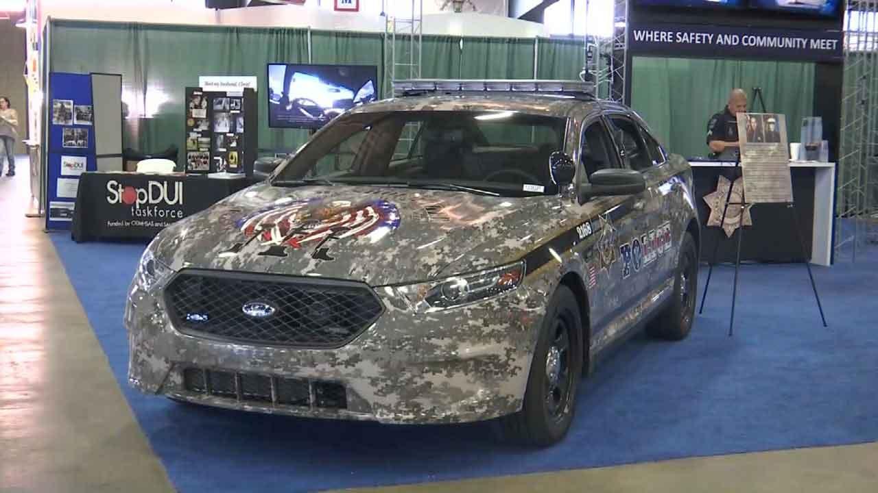 Tulsa Police Unveil Patrol Car Dedicated To Veterans