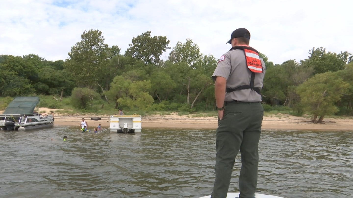 Army Corps Of Engineers Working To Keep Boaters Safe On Labor Day