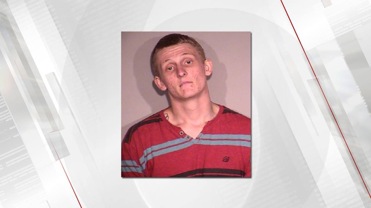 Broken Arrow Man Admits Breaking Into Cars, Police Say
