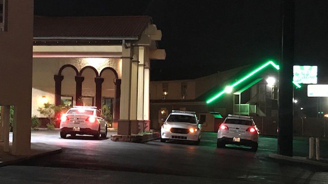 Man Robbed At Tulsa Hotel