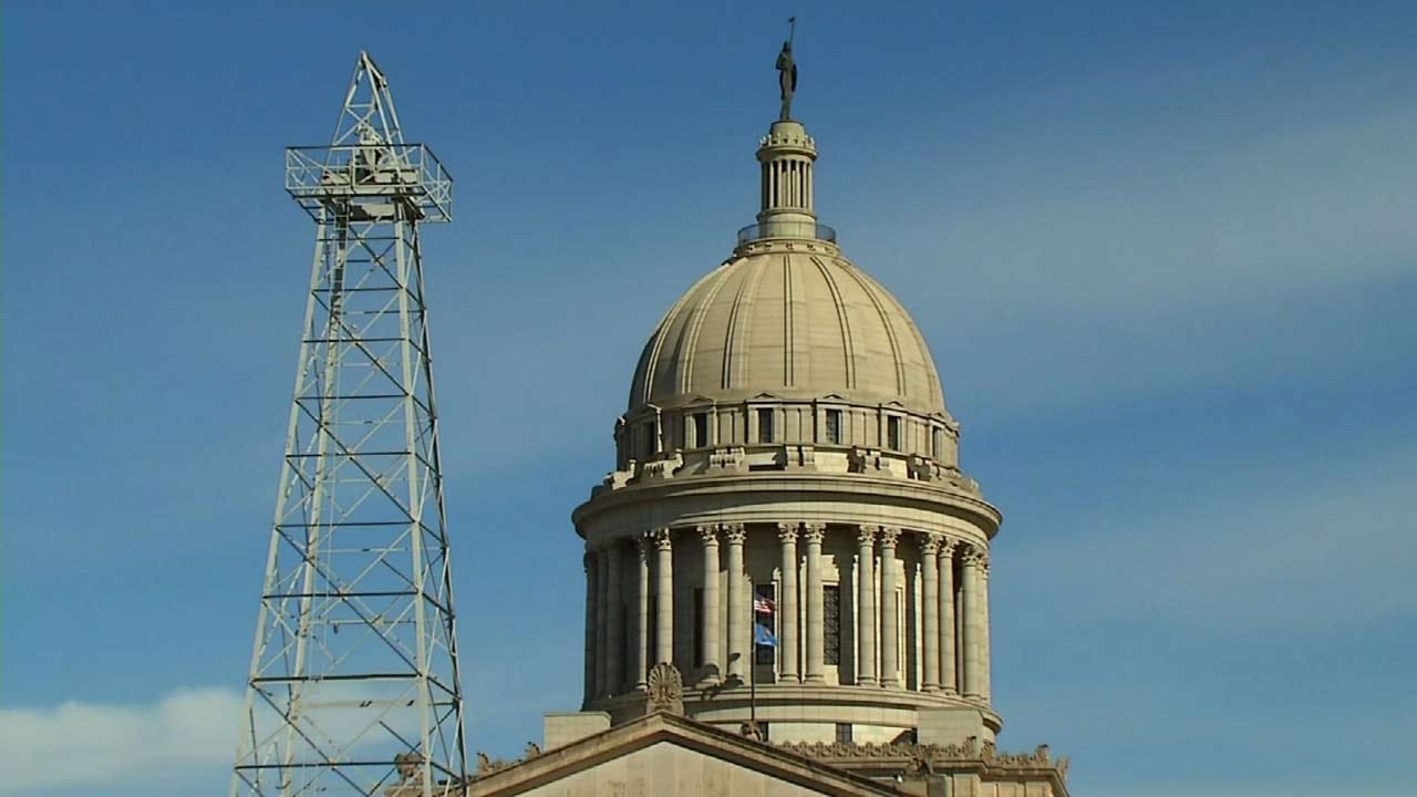 Oklahoma Unemployment Rate Falls, Stays Below National Average