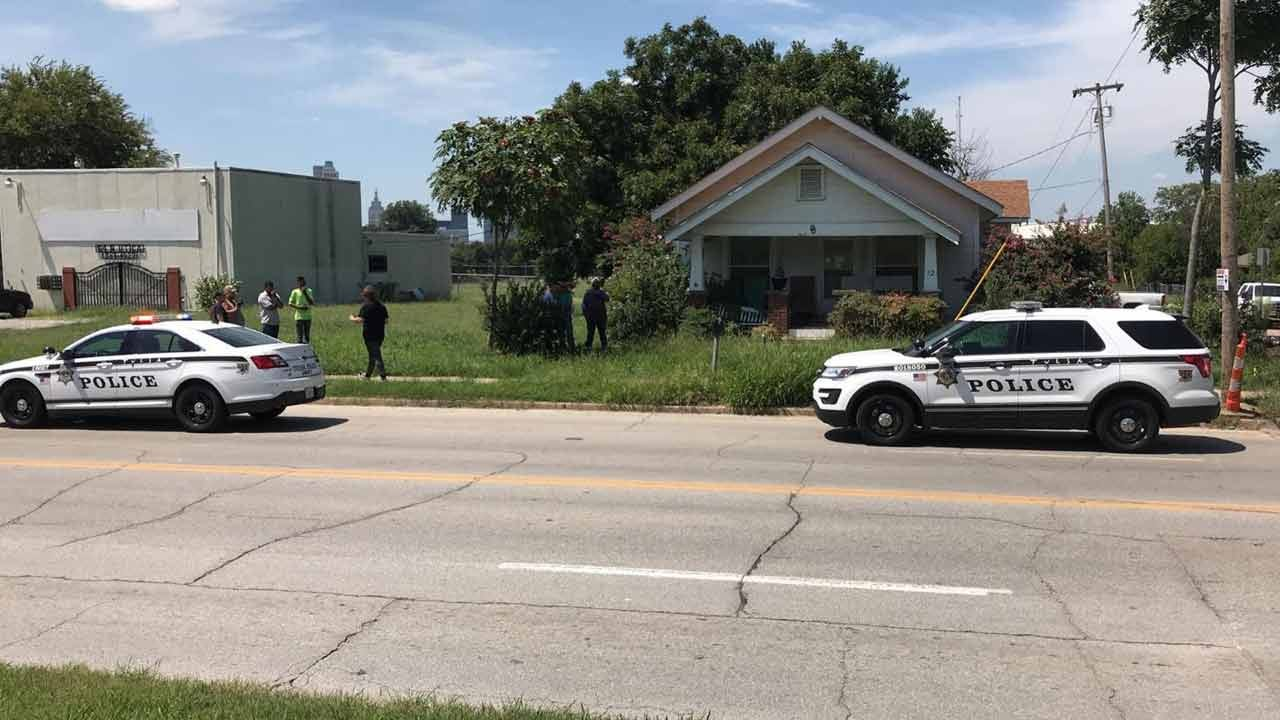Man Waves Down Passersby For Help After Tulsa Stabbing