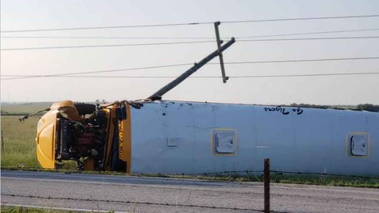 Rollover Bus Wreck Sends 8th Grade Pryor Football Team To Hospital