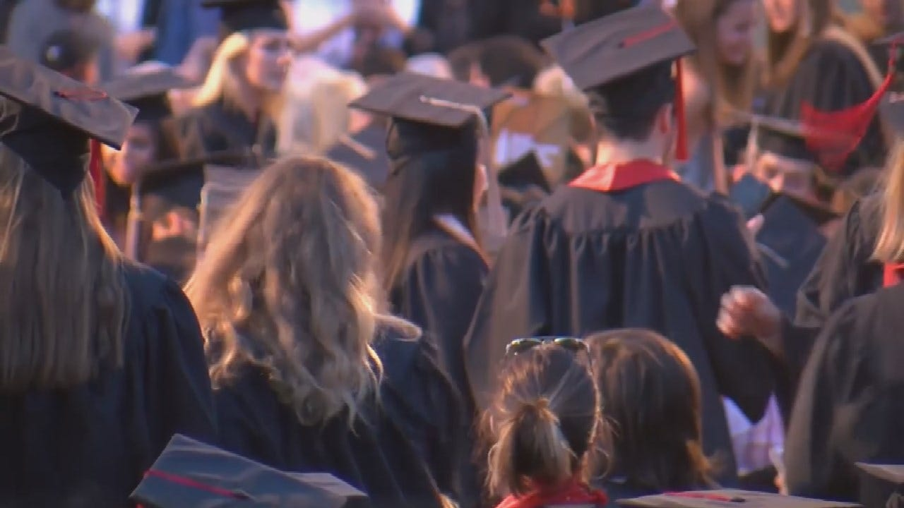 Young People Forgoing College For Financial Reasons According To New Survey