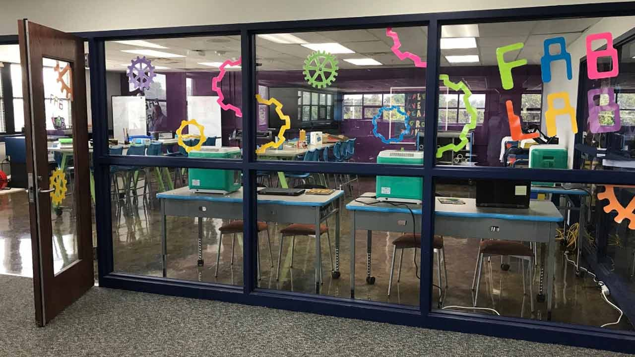 Nathan Hale 'Fab Lab' Sparks Student Learning Opportunities