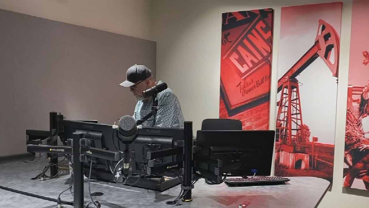 Big Country 99.5 Broadcasts From News On 6 Studios For 1st Time