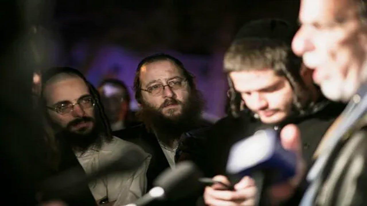5 Stabbed At Hanukkah Celebration In Rabbi's New York Home