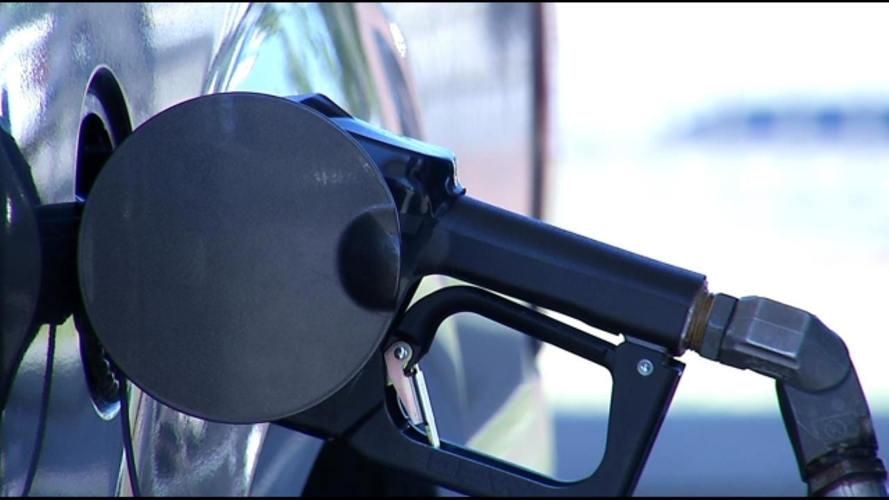 Gas Prices Drop Nationwide Ahead Of Busy Holiday