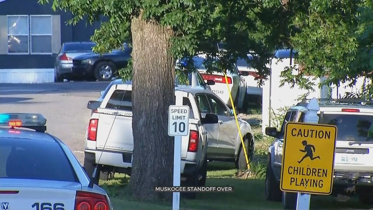 Muskogee Police Standoff In Trailer Park Ends With Suspect Dead