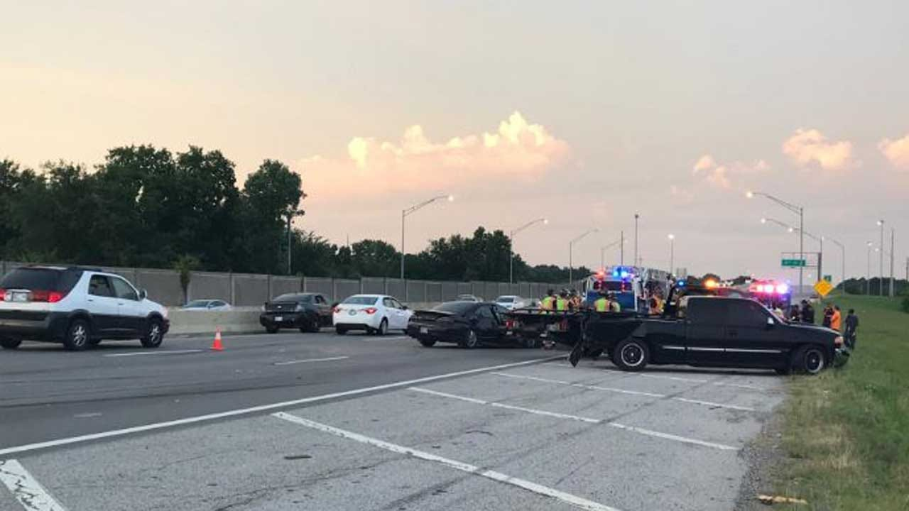 Multi-Vehicle Crash On Southbound 169 Closes Lanes