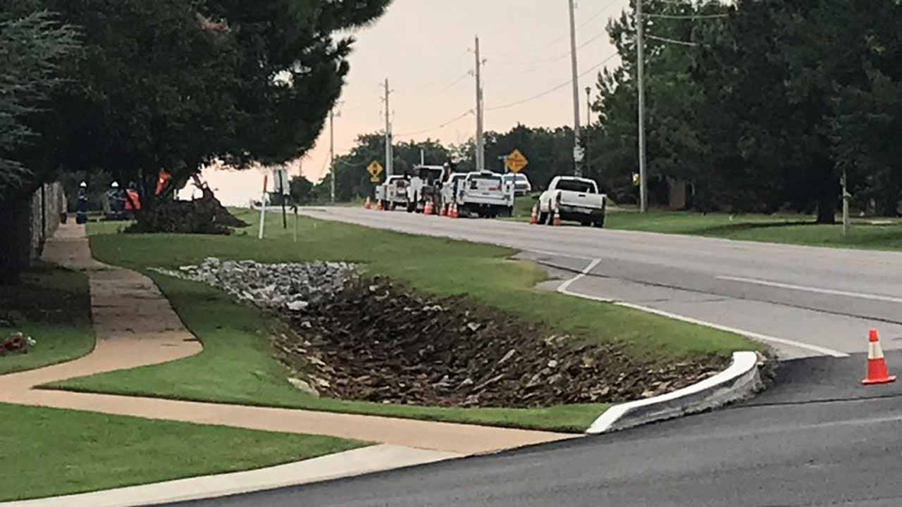 ONG Crews Repairing Natural Gas Leak In Broken Arrow