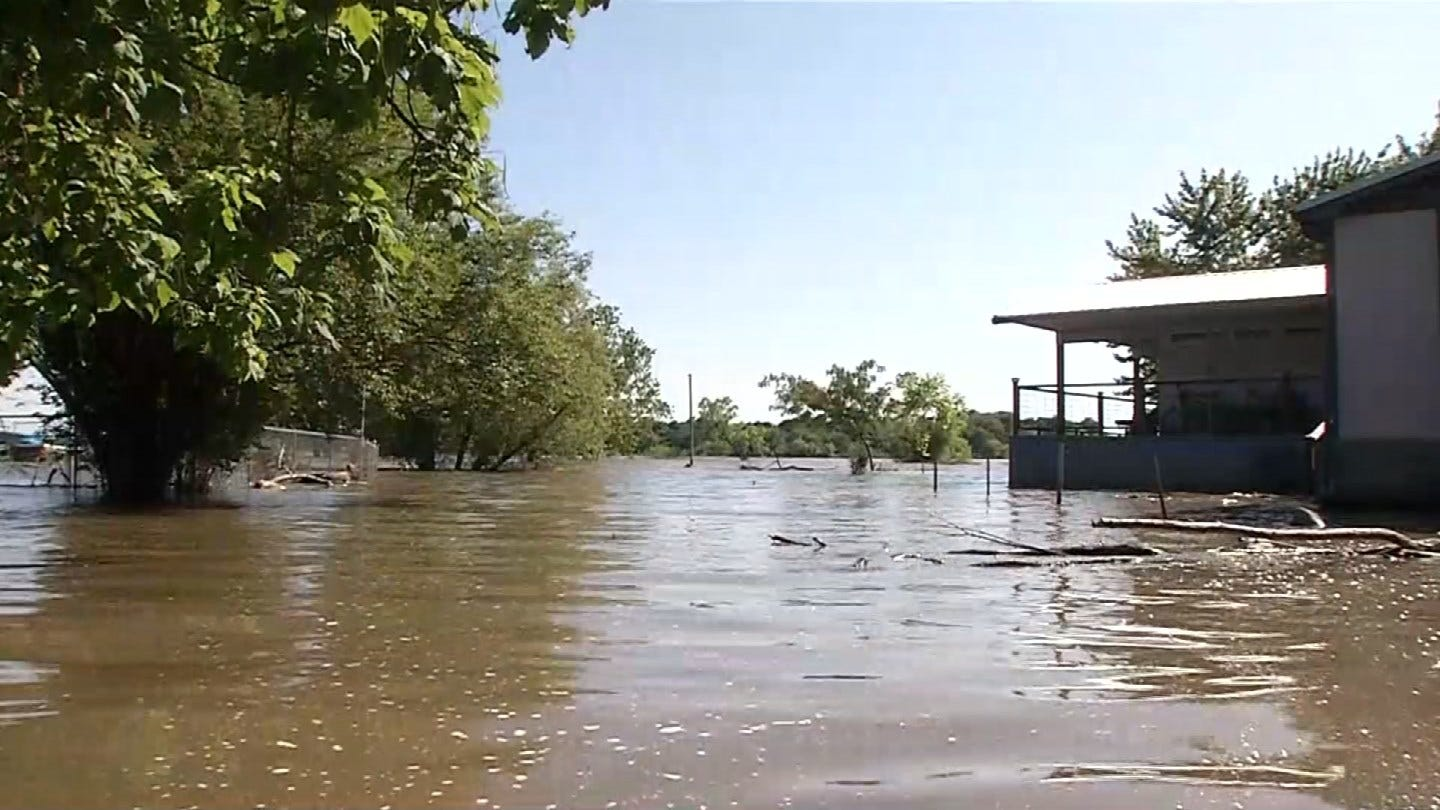Residents Around Grand Lake Still Unable To Get Home