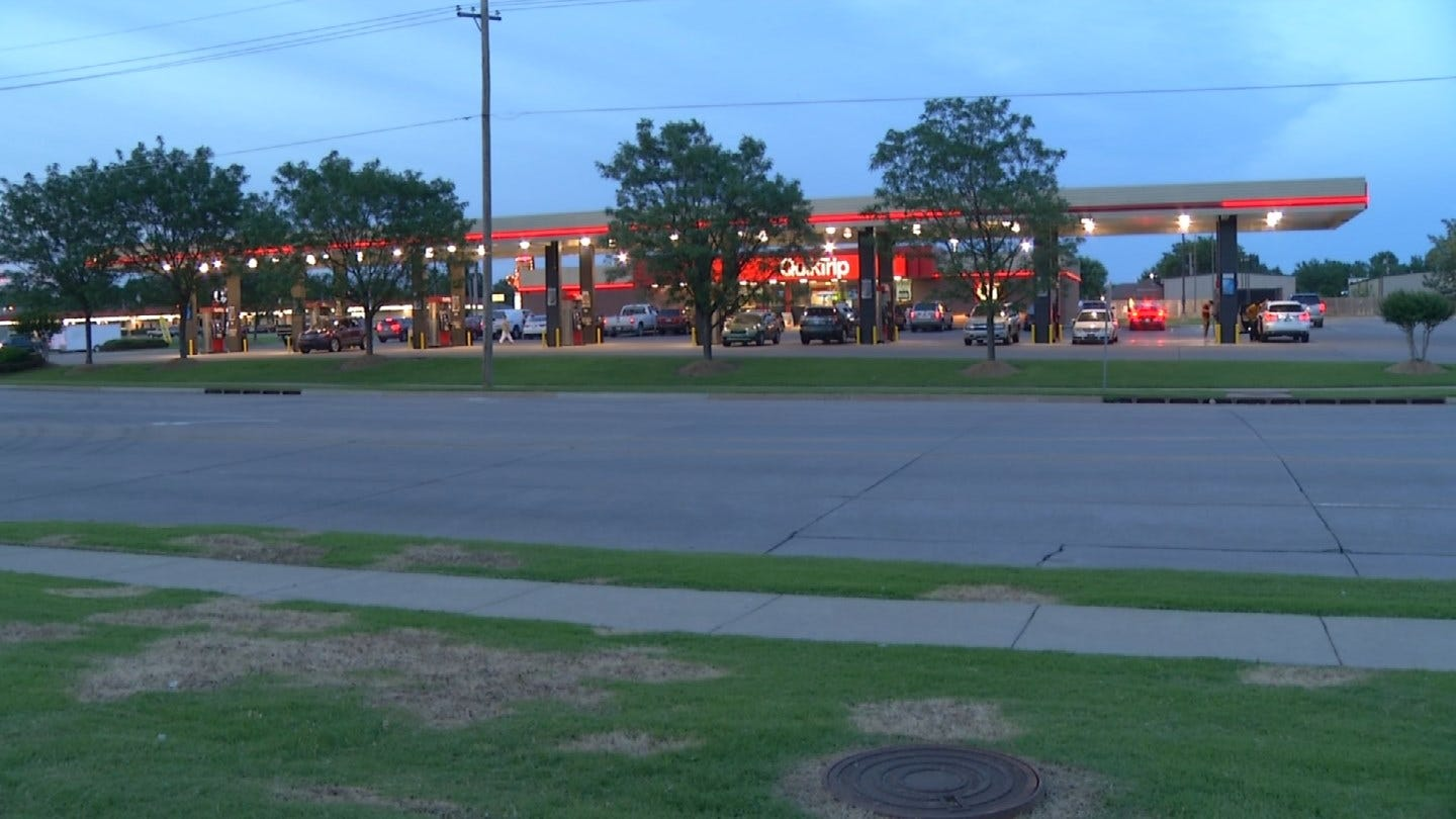 Police Investigating After Body Discovered At Tulsa QuikTrip