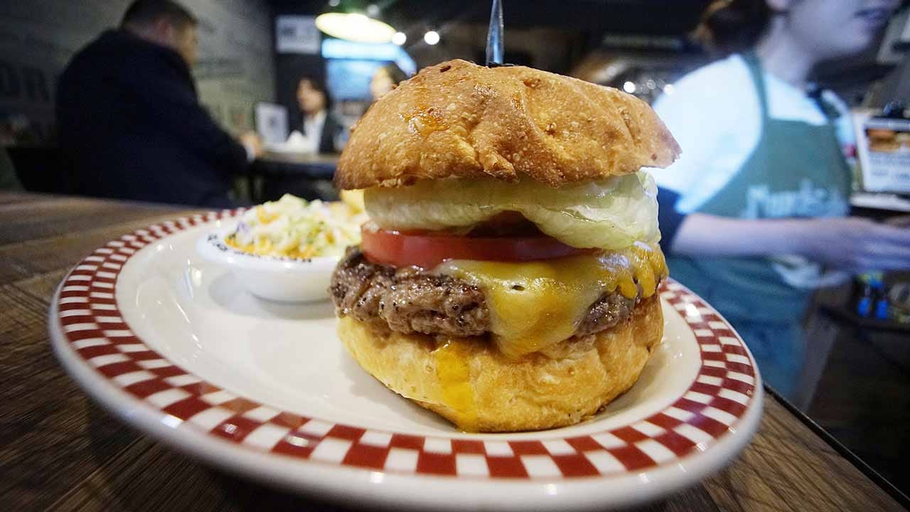 New Study Says Oklahoma Leads The U.S. In Burger Consumption