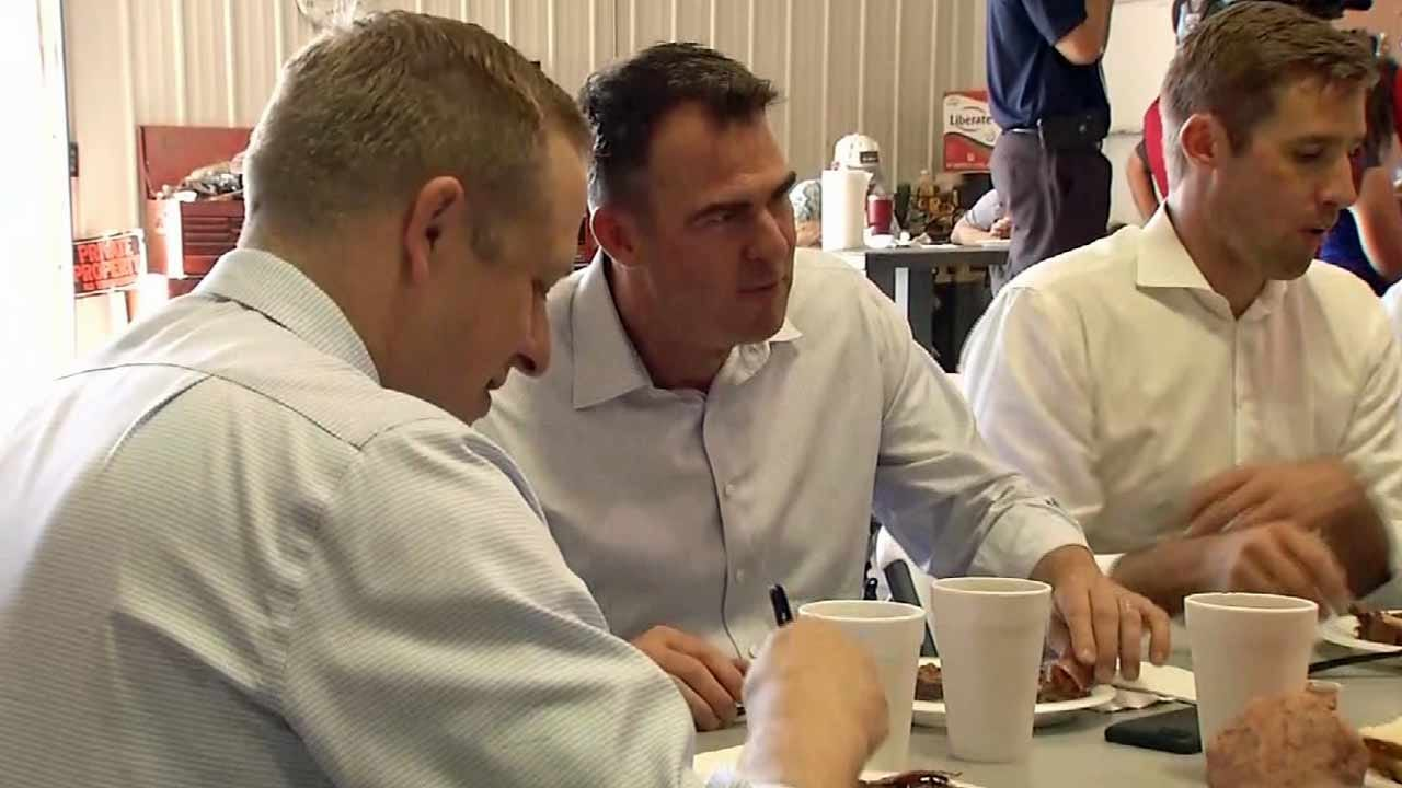 Governor Stitt Visits Webbers Falls To See Flood Damage