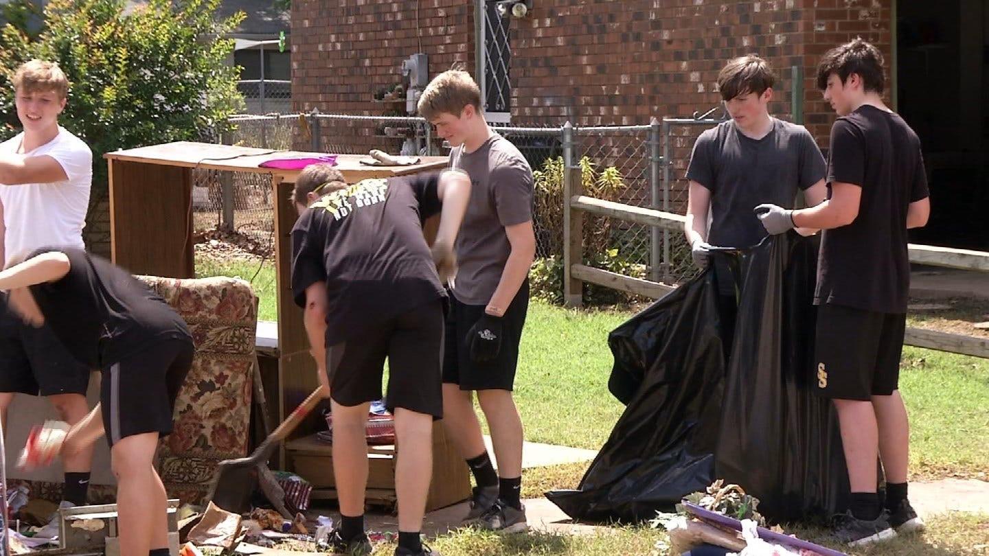 Charles Page Football Team Helping Flood Victims In Sand Springs