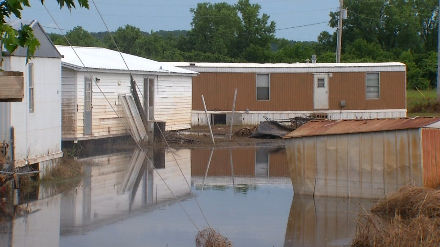 Residents Of Sand Springs Mobile Home Unable To Return Home