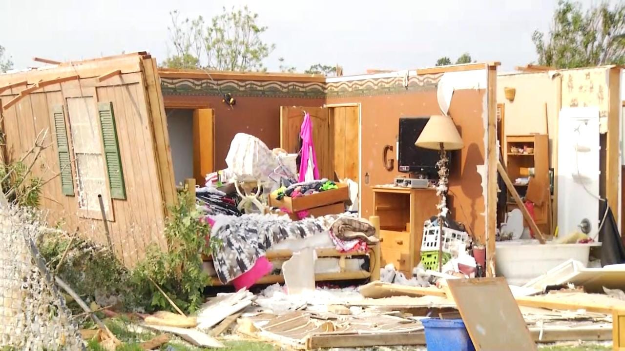 Oklahoma Tornado Victims Seek To Rebuild