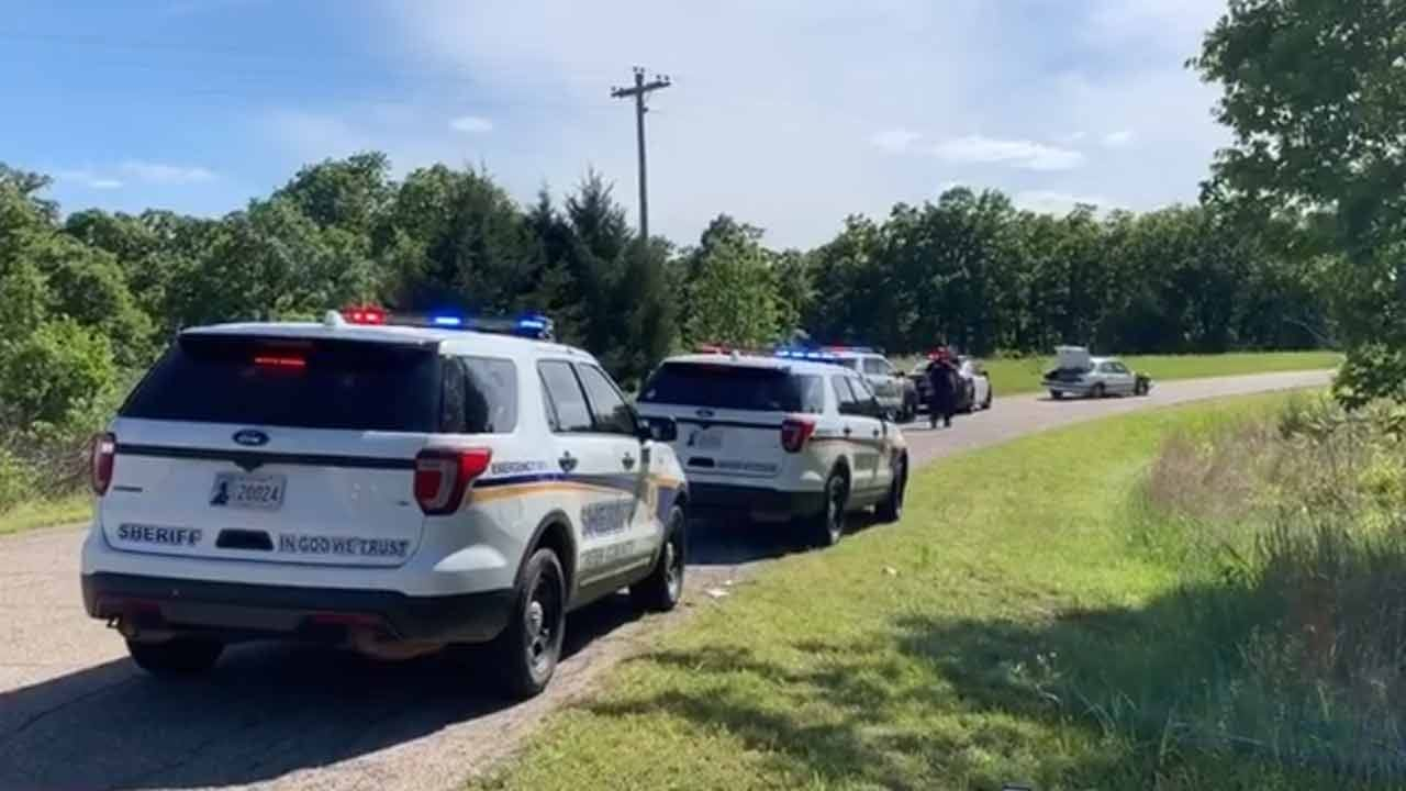 Sand Springs Police: 3 In Custody After Police Pursuit