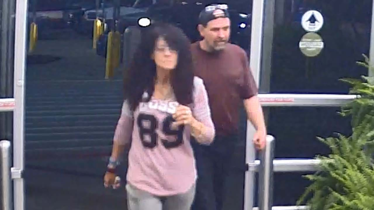 Sand Springs Police Searching For Credit Card Thieves