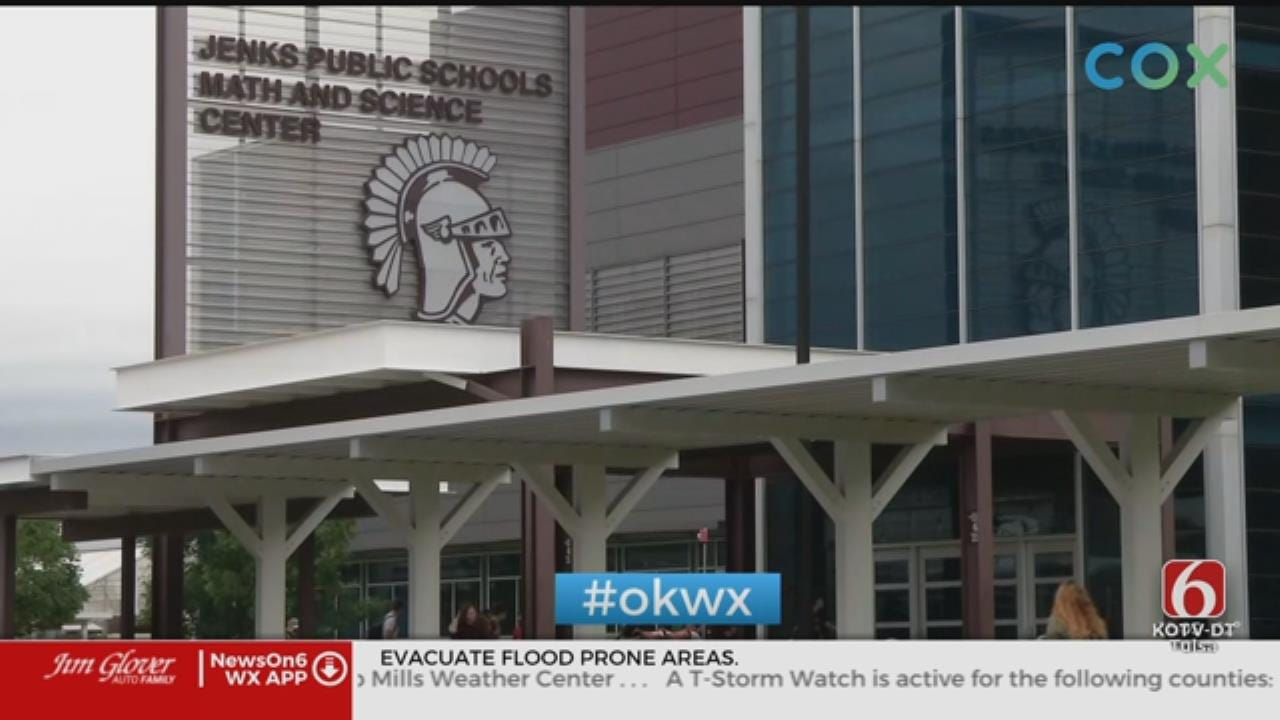 Jenks Public Schools Postpones Graduation Services
