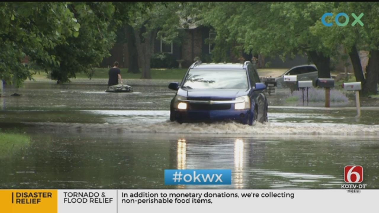 Sand Springs Residents Clearing Out As Flooding Threatens Homes