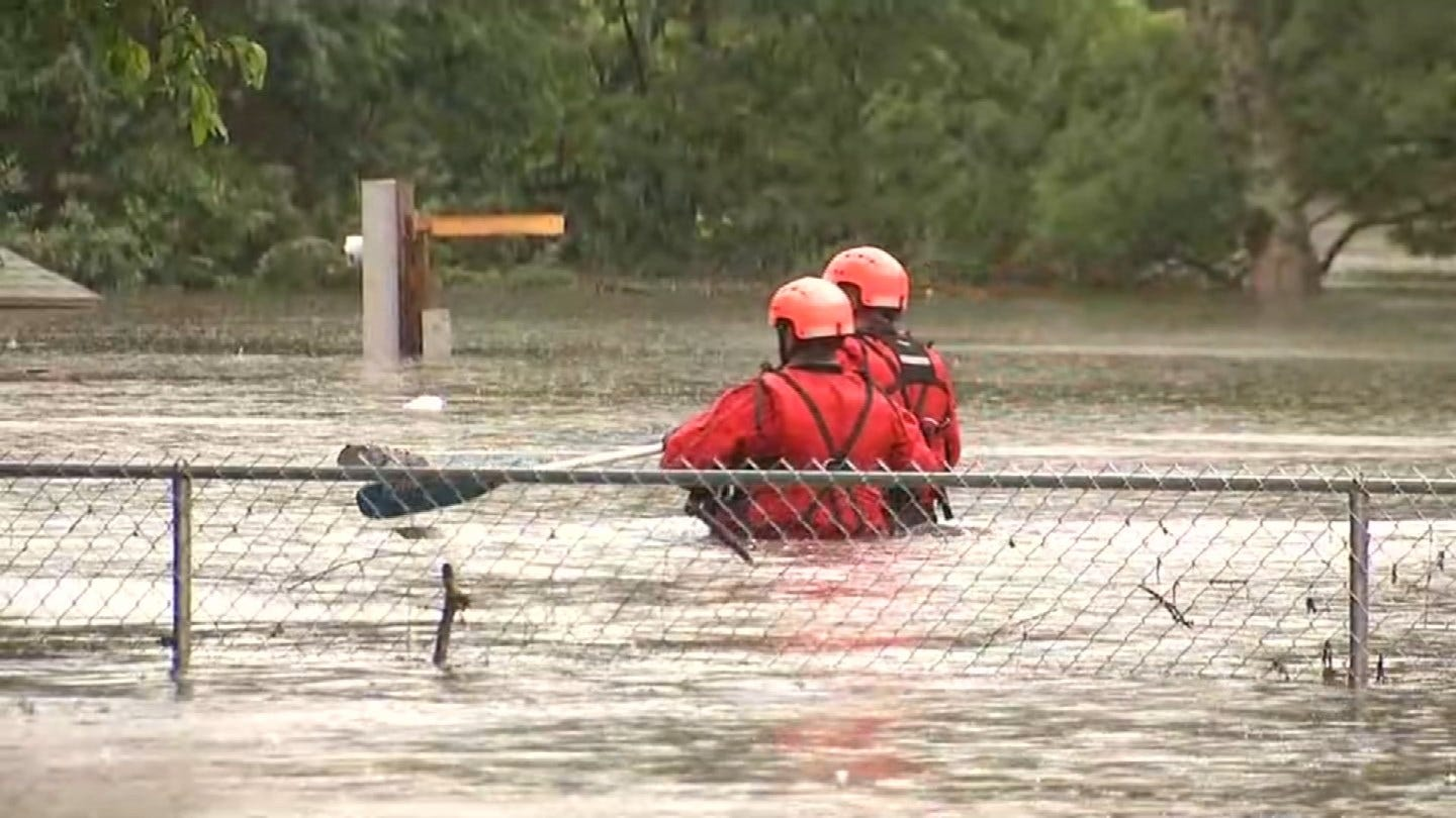 Rescue Crews Dealing With Waist Deep Water In Fort Gibson