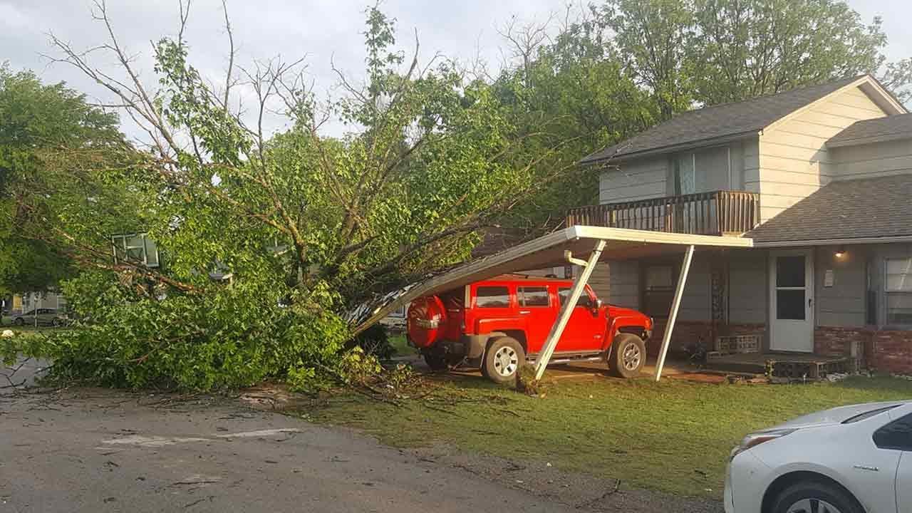 Storm Damage Reported In Henryetta Monday