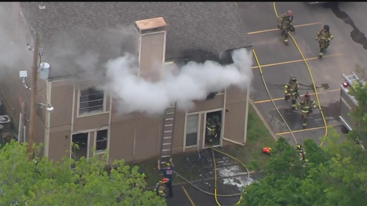 Fire Breaks Out At Tulsa Apartment Complex
