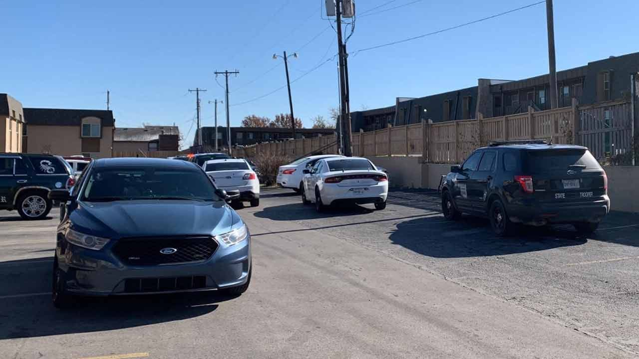 2 In Custody After Pursuit, Standoff Ends Near 17th & Memorial In Tulsa