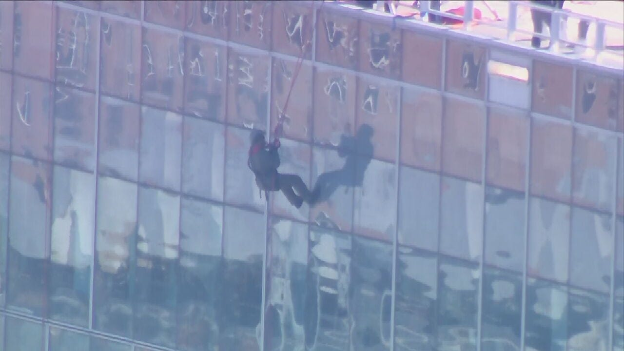 Tulsa First Responders Rappel Down City Hall For Special Olympics