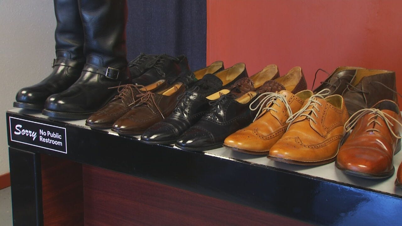 Longtime Tulsa Airport Shoeshiner Has New Business On East Admiral