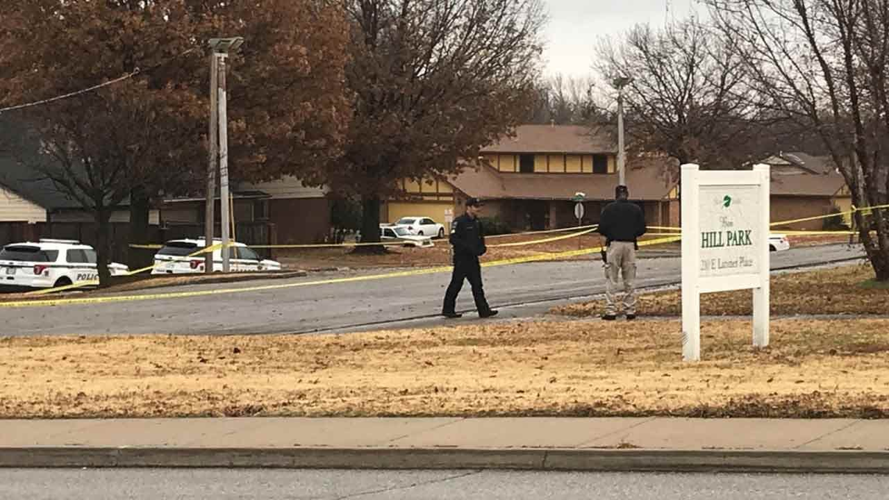 Tulsa Police: Juvenile Shot In Face During Robbery