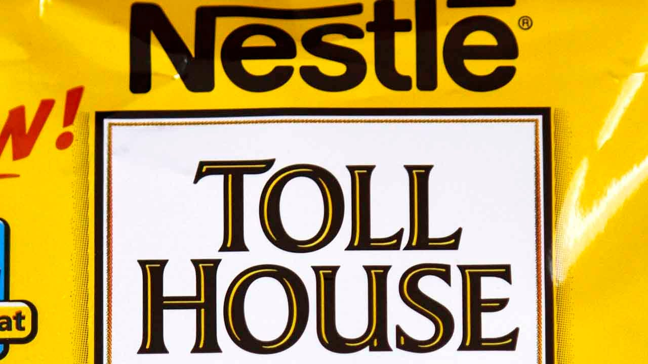 Nestlé Toll House Cookie Dough Recalled For Possible Rubber Pieces