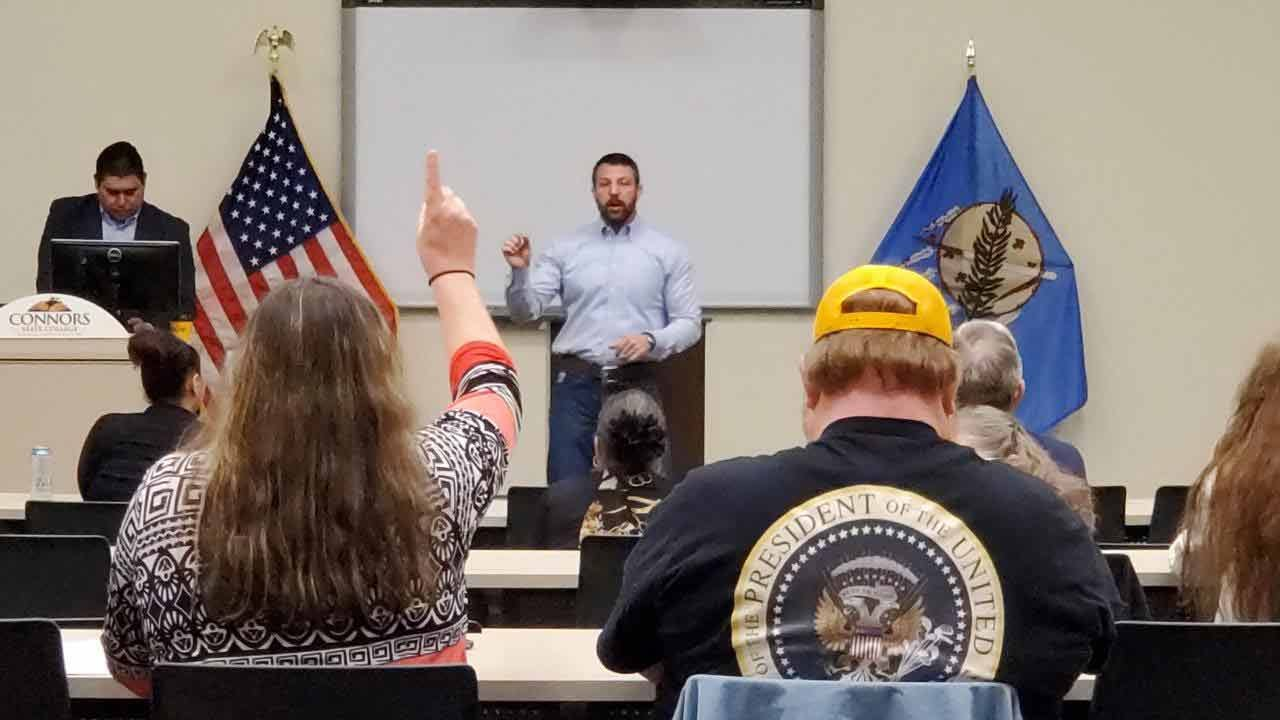 Rep. Markwayne Mullin Gives 'Impeachment Updates' To Constituents
