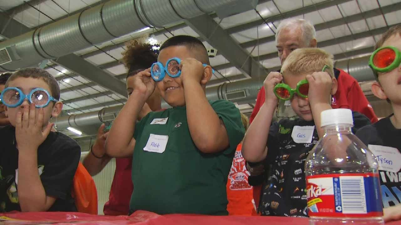 Tulsa-Area Kids Learn More About Bugs At Insect Expo