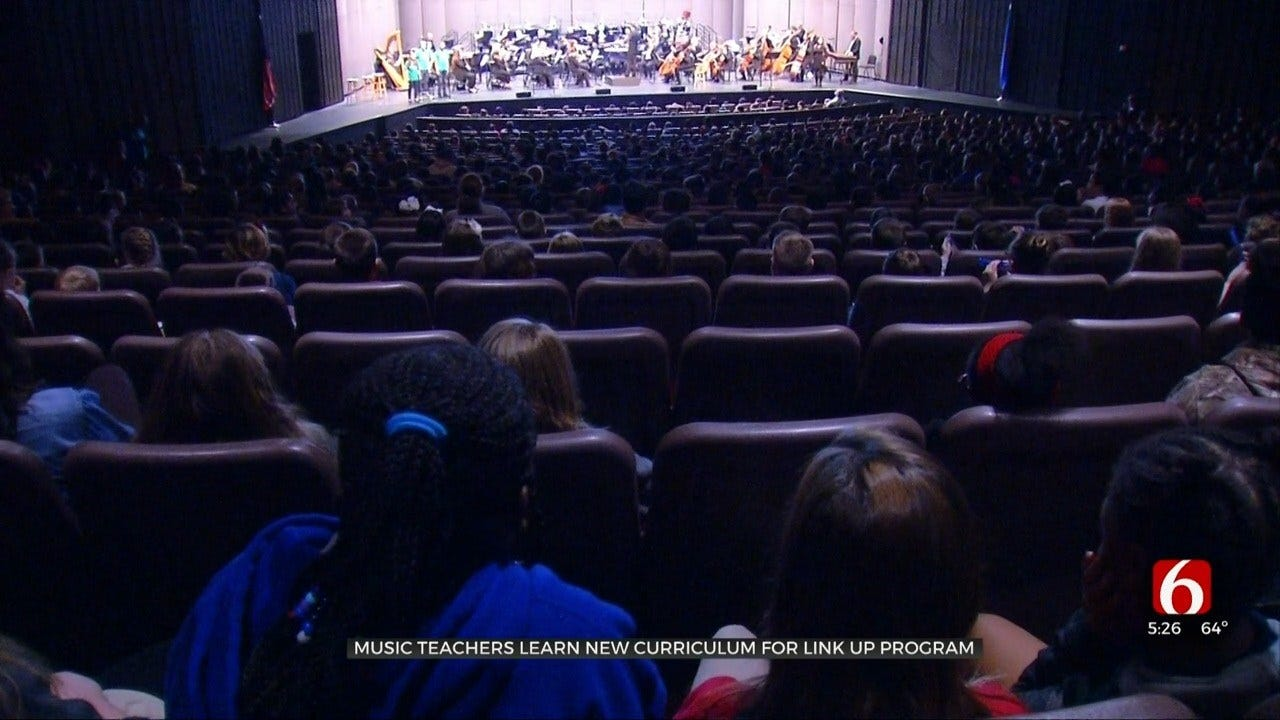 Tulsa Program Links Symphony Musicians With School Students