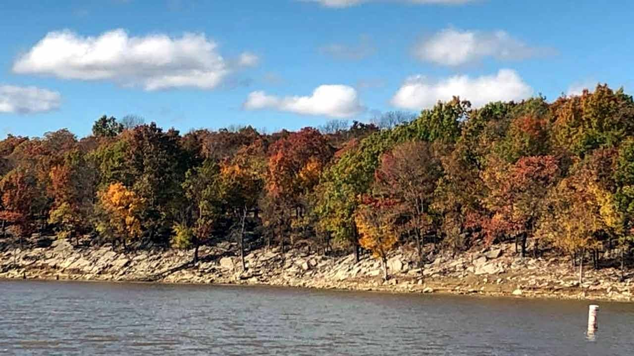Enjoy Oklahoma Fall Foliage With These Leaf Peeping Tools