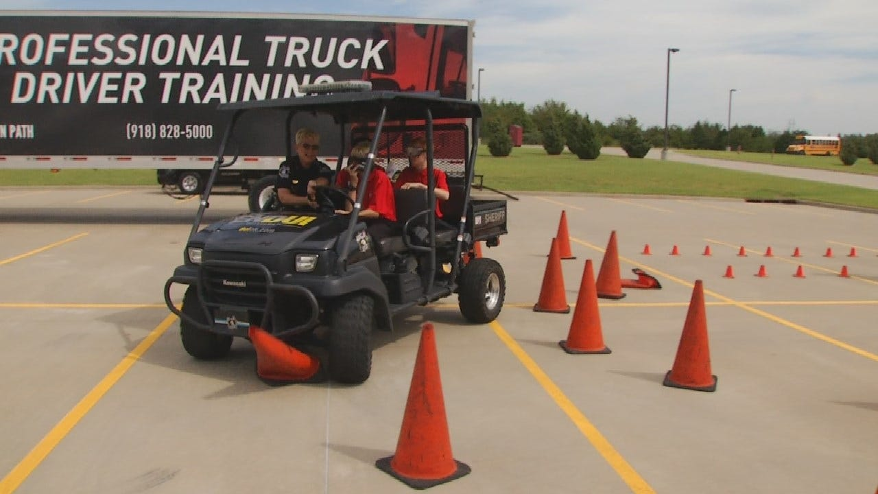 FCCLA Hosts Safe Driving Event For Students At Tulsa Tech