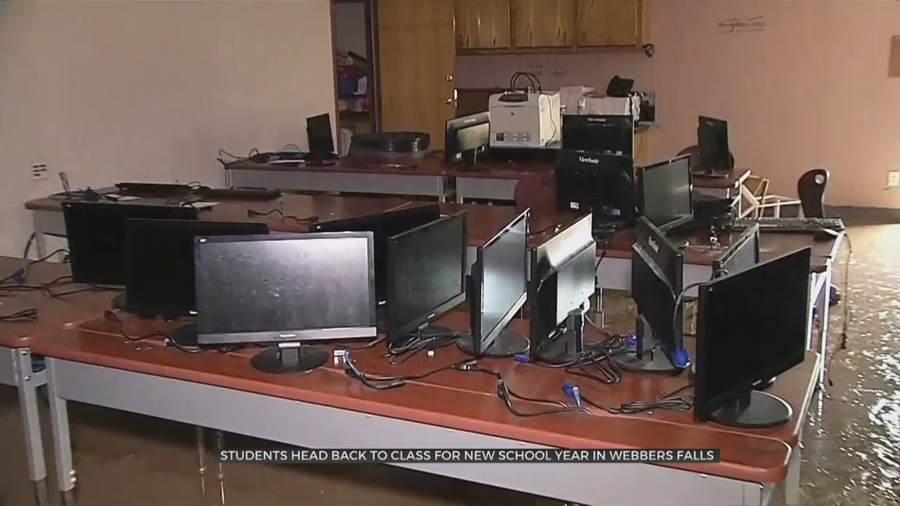 Webbers Falls Students Head Back To School After Historic Flooding