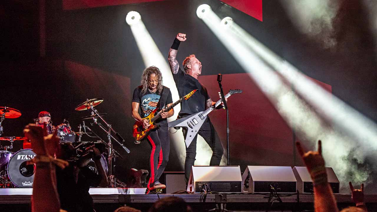 Metallica To Hold Drive-In Concert, Includes Oklahoma Locations